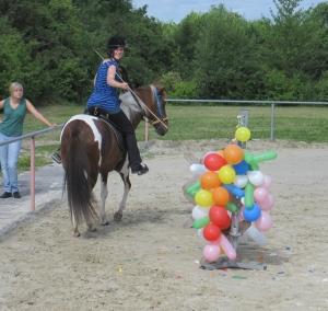 99 Luftballons hängen da im Weg herum .... Foto: privat